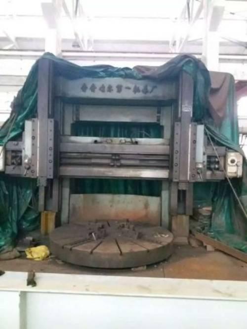 出售87年齐齐哈尔c5225立式车床