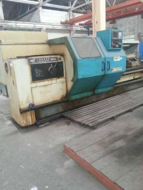 出售一台大连cka6780数控车床